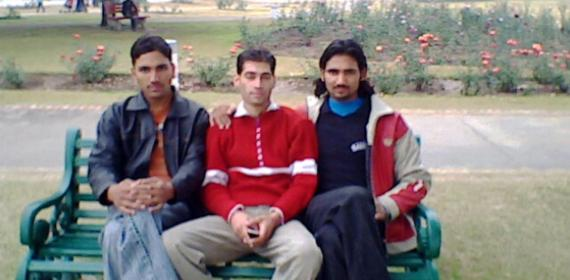 Durga ram Ashok Thakur And inder Singh 17 park chandigarh rose garden