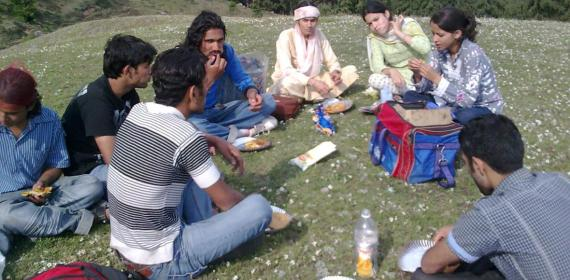 Lunch Party On Hills Of Shikari Devi By Himalayan Group